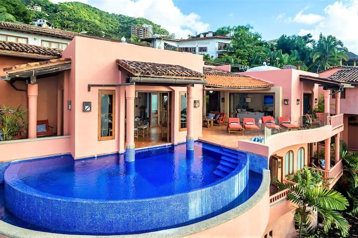 Beachfront Villa Conchas Chinas Perfect Experience