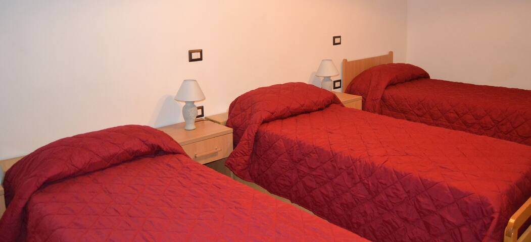"Bed & Breakfast ""Al Casalino"" - CAMERA TRIPLA"