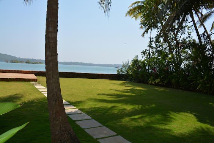 Morjim River Villa 2
