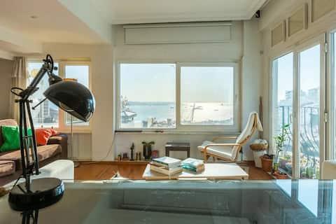 Very cozy & central duplex-amazing Bosphorus view