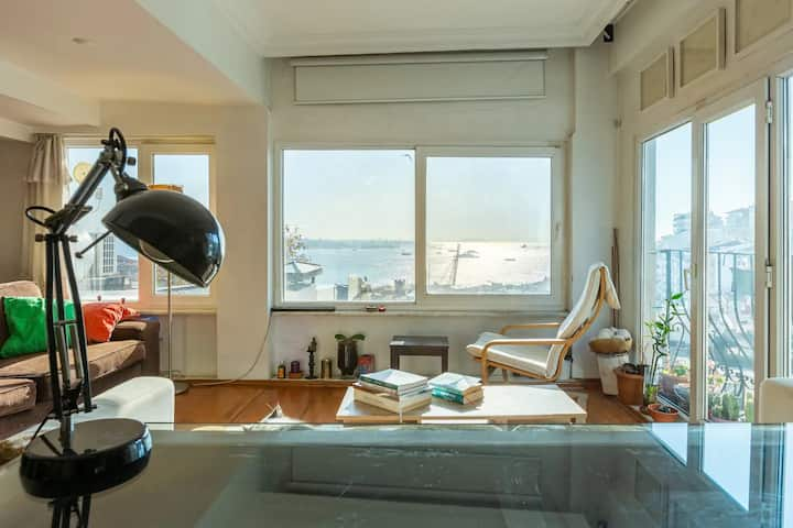 Very cozy & central duplex-amazing Bosphorus view
