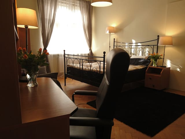 Very comfortable room in the old town - Krakov - Byt