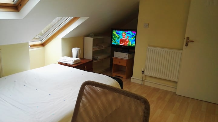 The loft Room 6