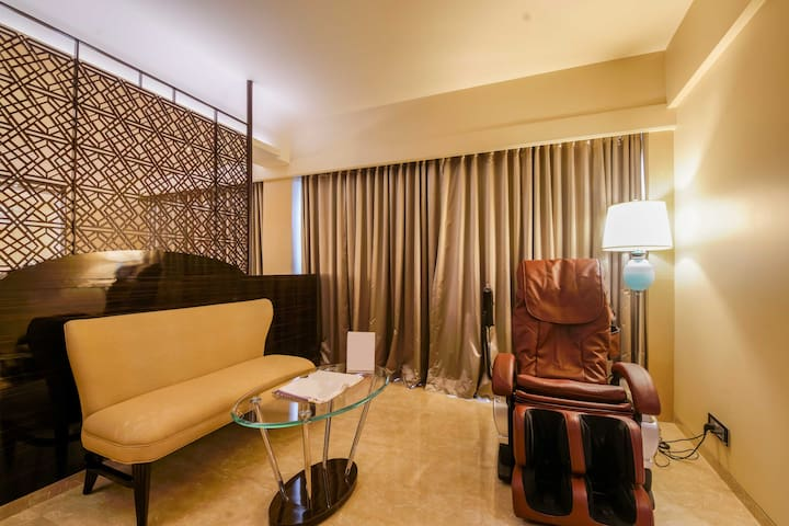 Luxury Suite in a hotel at Malad West