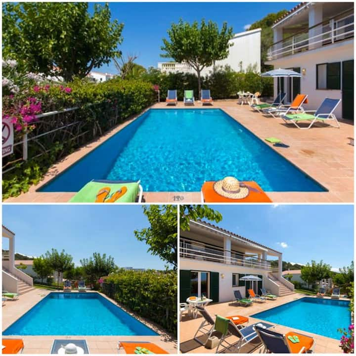 """Charming """"Villa Ana R9"""" with Sea View, Pool, Garden & Terrace; Parking Available"""