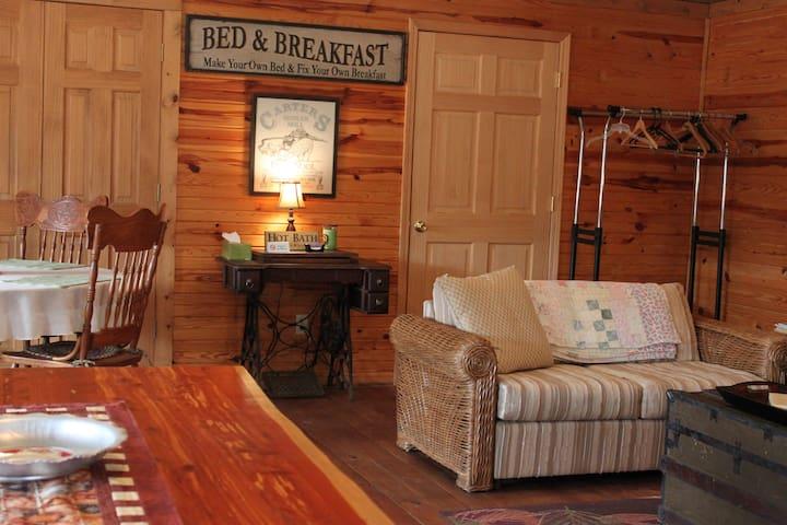 Pond Trail Farm Guest House Room 1
