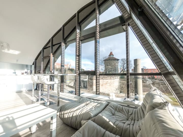 LUXURY LOFT IN THE CENTER - FANTASTIC CASTLE VIEW