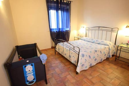 HISTORICAL RESIDENCE BY THE SEA OF TUSCANY - Orbetello - Daire