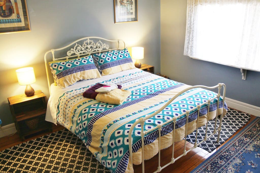 Very comfortable Queen size antique bed guaranteeing a restful and energising sleep :-)