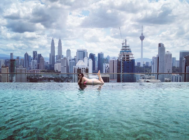 REGALIA HOME STAY ~ 3BedRoom ~ 9pax with FREE WIFI - Kuala Lumpur - Condo