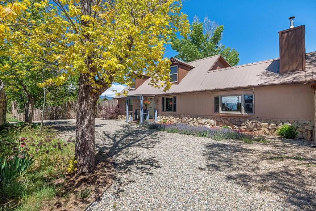 Taos Homes For Rent