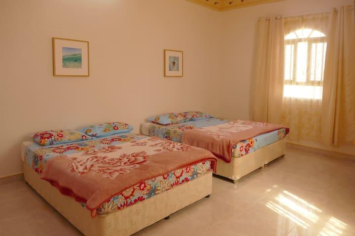 Ras al Hadd Guesthouse, Room 1