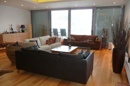 Luxury and spacious apartment
