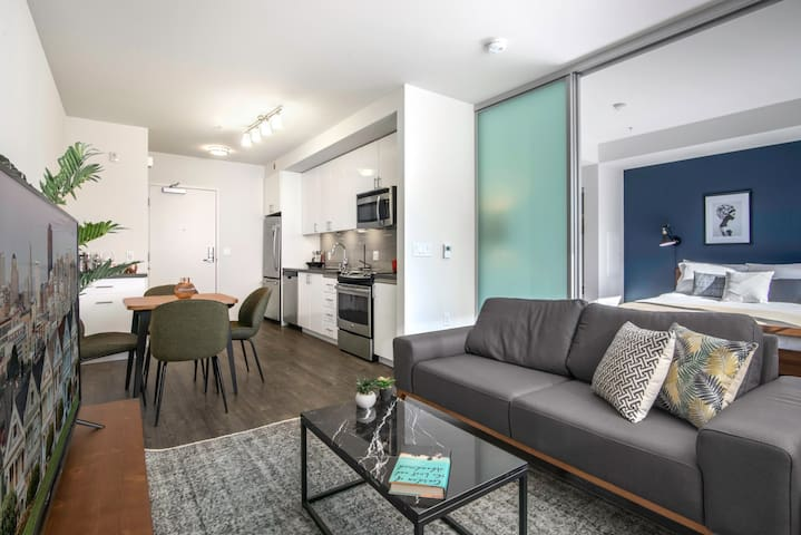 Premium 1BR Hayes Valley w/ Gym + W/D, near Muni by Blueground