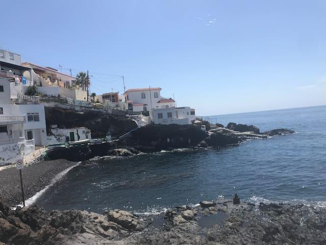 Little beach 15 meters from your door