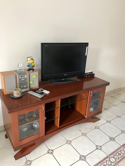 Телевизор с большим количеством каналов