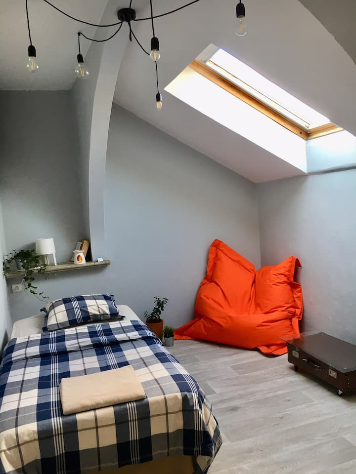 Chillout Loft Guest House /  Central Station room