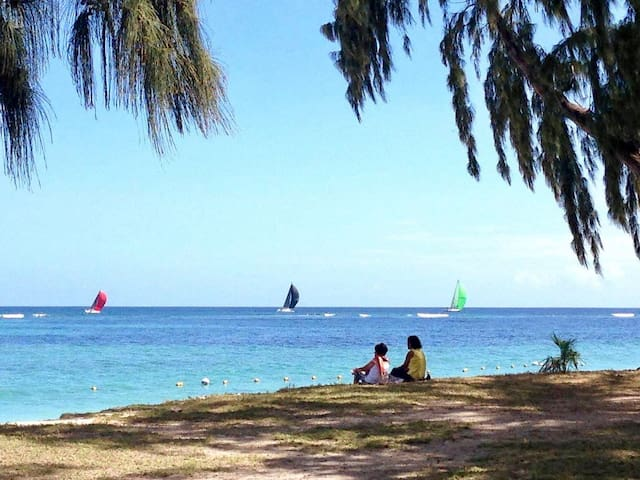 Entire apartment with wifi 50 metres to the beach