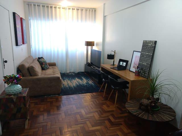 Conforto e tranquilidade no Coração Eucarístico - Belo Horizonte - Apartment