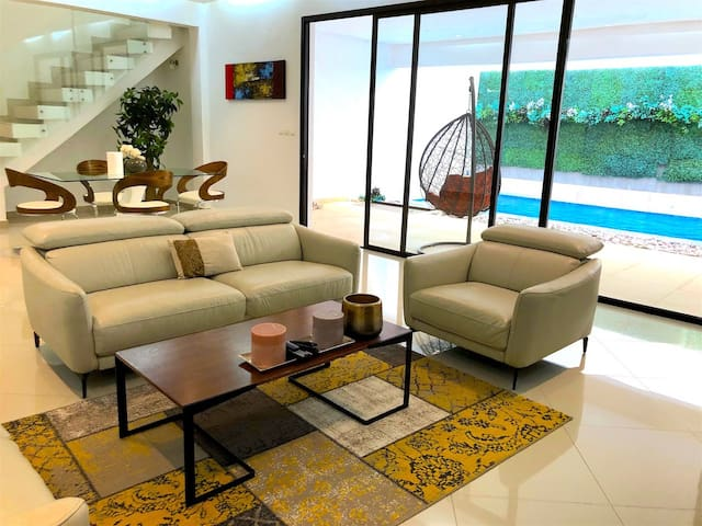 Abidjan - Villa Beige