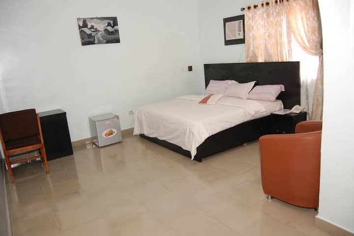 Allan Keri Hotel - Presidential Suite