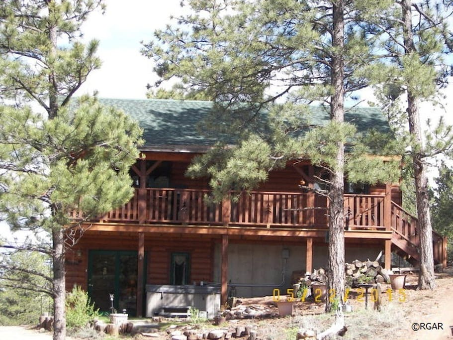 Royal gorge cabin w hot tub chalet in affitto a for Cabine in affitto nel parco invernale colorado