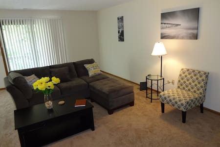 The Sanctuary...spacious 2bdrm apt - Pickerington - Apartamento