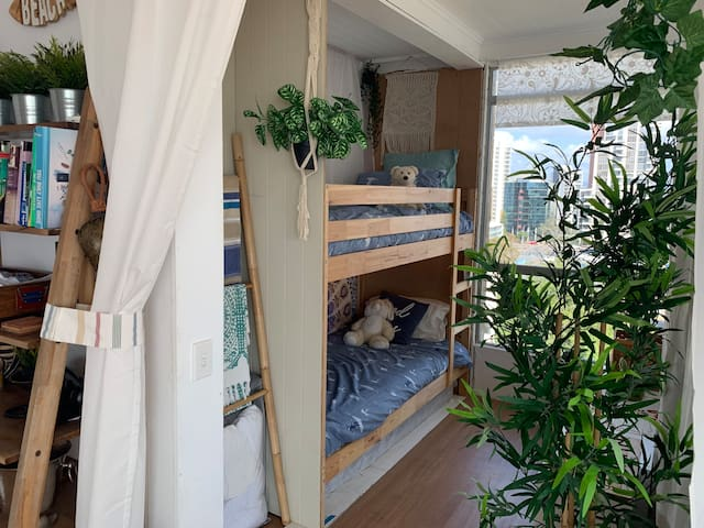 2x single Bunk beds perfect for kids or additional adults .