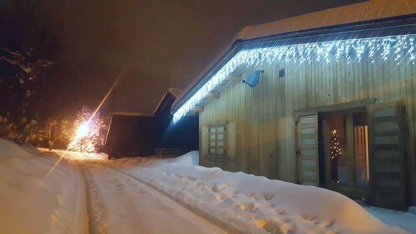 'Maison du Bois', underneath Mont Blanc, sleeps 6.