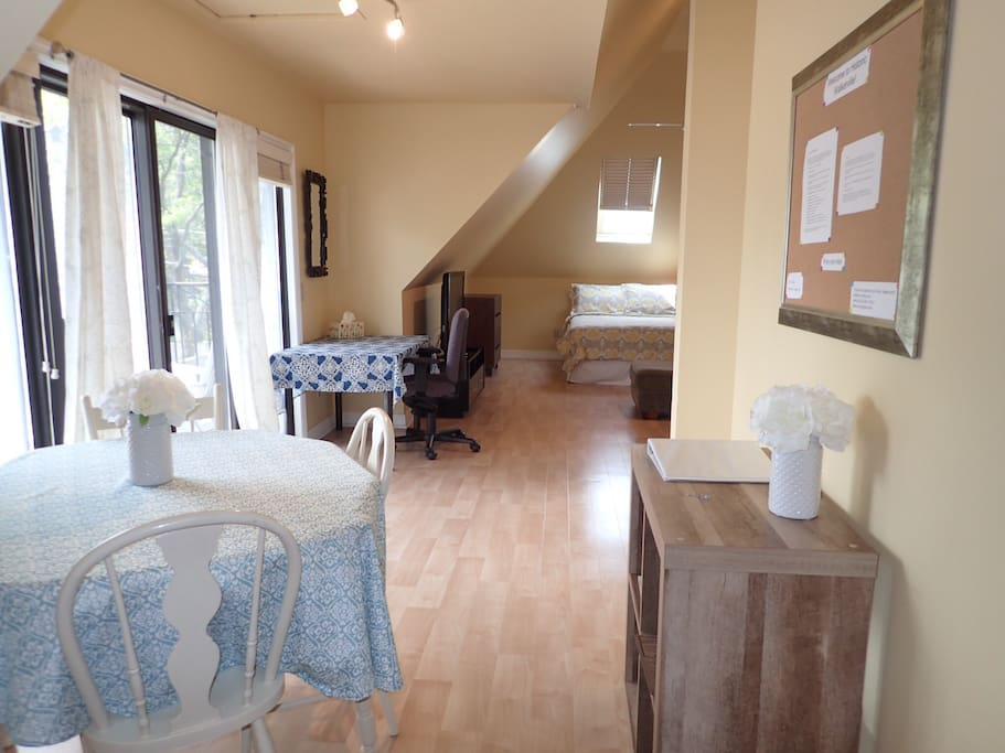 spacious luxurious apt in historic walkerville apartments for rent in windsor ontario canada