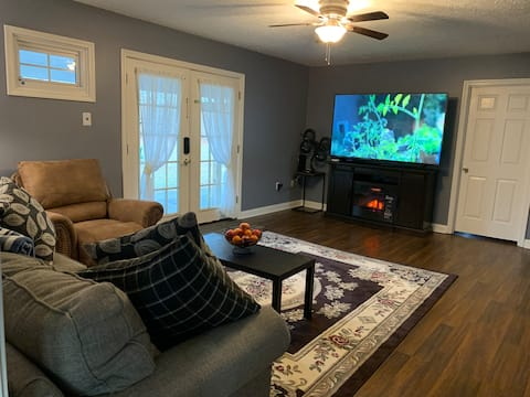 Mammoth Cave, 2BRs,4beds, pond, nature paradise.