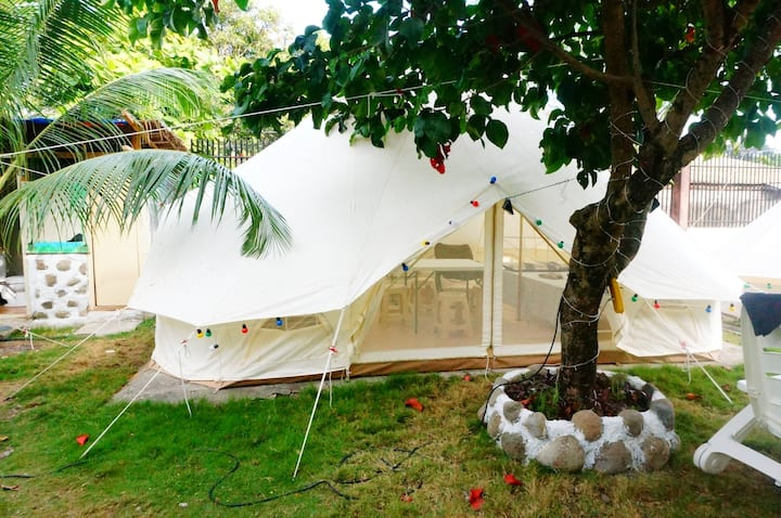 TENT WITH TWO DOUBLE BED
