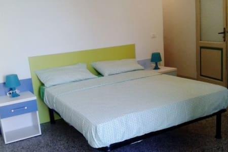 Appartamento in uno dei Borghi più belli d'Italia - Montefiore dell'Aso - อพาร์ทเมนท์