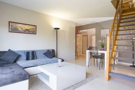 Appartement 3 Chambres - En Duplex - Mireval