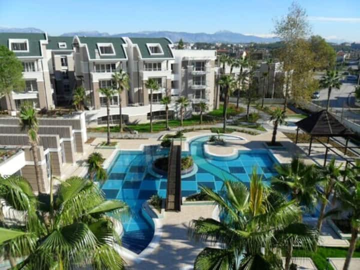 Luxury Duplex in Tropicana Residence