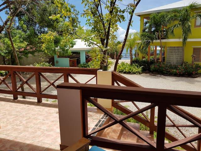 Hostal Casa Culebra Villa 4 (bay front, dock slip)
