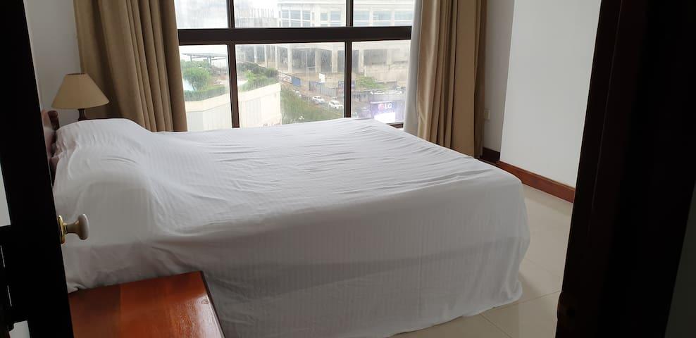 Colombo Crescat Apartments