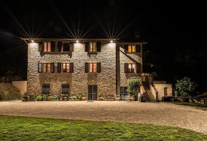 La Dimora di Francesco Country House - Asís - Bed & Breakfast