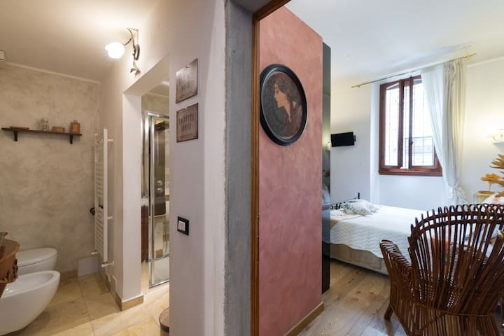 Central lovely private doubleroom - Florenz - Wohnung