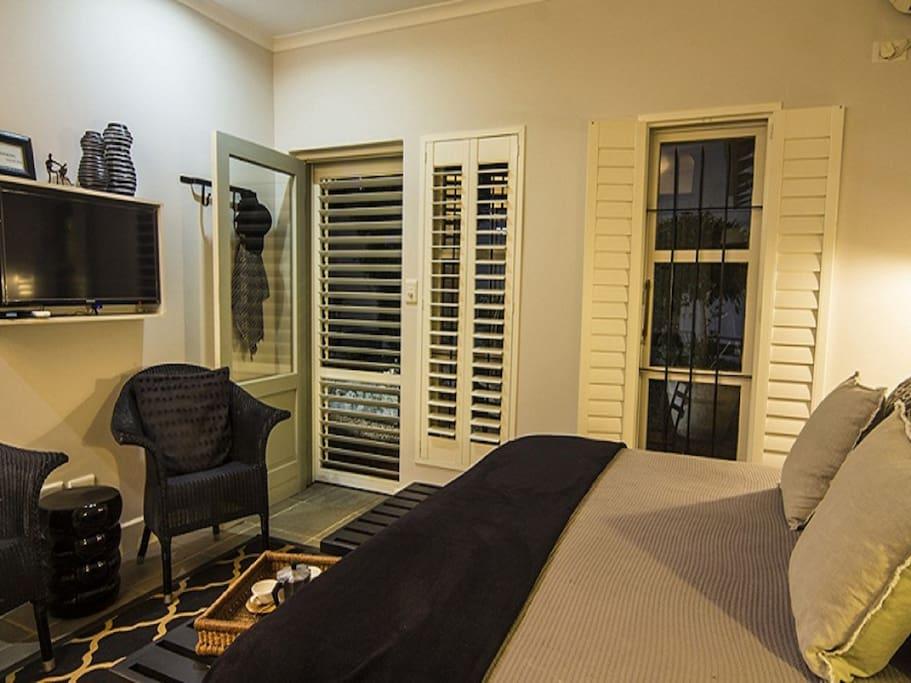 Room 3 Luxury Room Bedroom