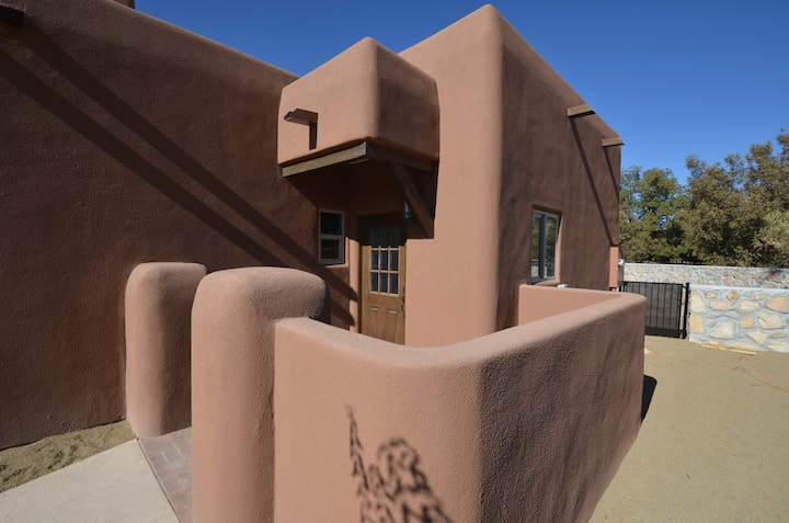 Welcome to Casita Escondida in Mesilla, NM!