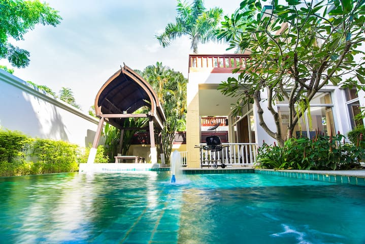 AnB Poolvilla 4BR close to Jomtien beach