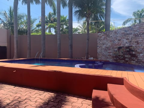 Geräumiges Haus in Playa Norte mit Pool