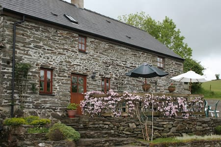 Oldhouse Cottage - Rhydlewis