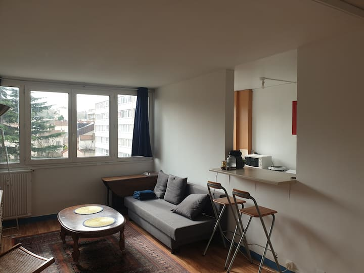 Grand appartement de 48 m2 à 10 min de Paris
