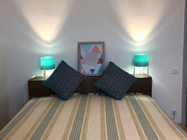 Apartment-Premium-Ensuite with Shower-Balcony