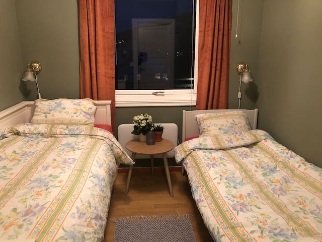 To enkeltsenger på det ene soverommet.