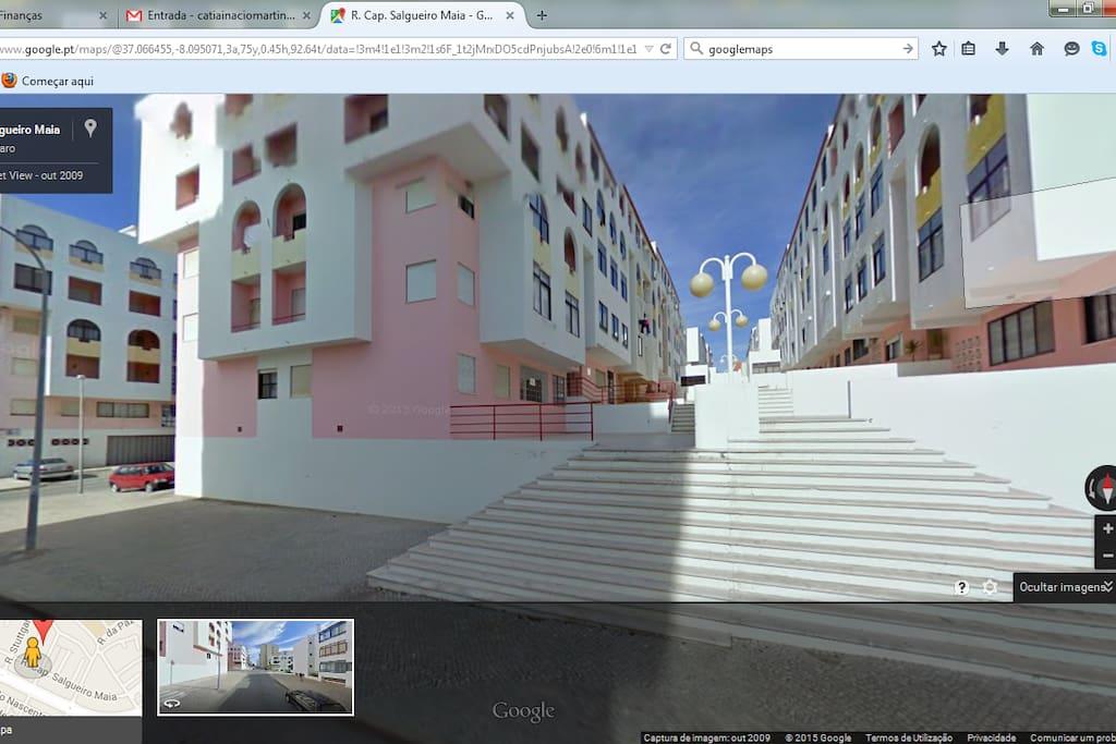Prédio onde fica localizado o apartamento.