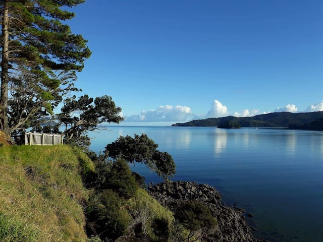 Relax in Beautiful Coromandel Town