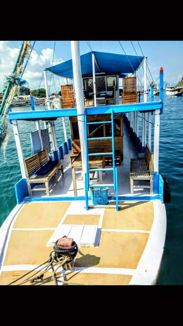Komodo trip boat